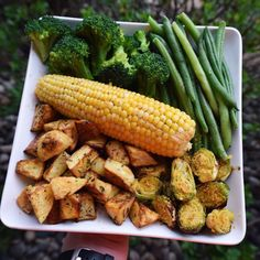 If you're trying to lose weight, many sources tell you to stay away from corn. But you can still eat it if you stick to unprocessed ears or kernels, watch your portion size, and enjoy it along with other healthy foods, like lean proteins and high-fiber produce.