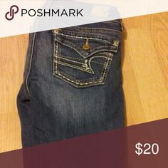 American eagle jeans size 2 Good condition. Have had over a year. Smoke free home. Kick boot style American Eagle Outfitters Jeans Boot Cut
