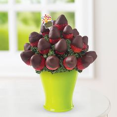 Chocolate Dipped Strawberry Bouquet™ Product Code: 2114 Shown: Regular