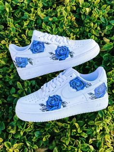 Dr Shoes, Cute Nike Shoes, Swag Shoes, Cute Nikes, Cute Sneakers, Hype Shoes, Shoes Cool, Nike Custom Shoes, Shoes Sneakers