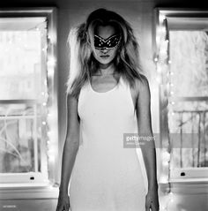Model Kate Moss is photographed for Self Assignment on 1996 in New York City. Witte Fotografie, Portretfotografie, Modefotografie, Clint Eastwood, Ian Curtis, Anselm Kiefer, Zwart En Wit, Lijstjes, Depeche Mode