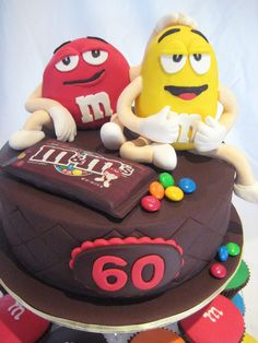 M& Ms cake and cupcakes www.kristyleescakes.com.au