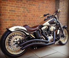 "2,848 curtidas, 18 comentários - Harley-Davidson Softail (@softailgram) no Instagram: ""Tag the owner Taken from: [ @old_cycle_77 ] ••••••••••••••••••••••••••••••••••••••••••••••• Your…"" #harleydavidsoncustom"
