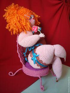 Купить 2МК Пышка + Стул. Авторское описание вязания игрушки - разноцветный