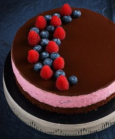 Cake Recipes, Dessert Recipes, Raspberry, Strawberry, Tiramisu, Mousse, Birthday Cake, Sweets, Baking