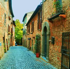 Terni, Umbria, Italy I miss your total charm, cute lil shops and delicious food!