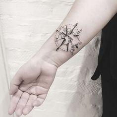¿Eres unaapasionada de los viajesy te apetece plasmar esta pasión en un tatuaje? ¡Aquí encontrarás la inspiración que necesitas para elegir tu diseño favorito...