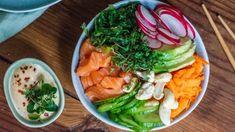 Poke bowl s marinovaným lososem Poke Bowl, Sushi, Ethnic Recipes