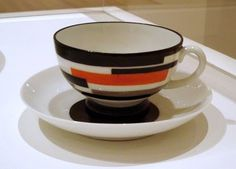 Nikolai Suetin porcelain cup, 1923.  Looks so modern.