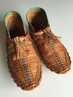 Vintage Huarache Moccasins/slip on/ leather/stamped/braided/woven/sz 7/unique/rebellespdx/huaraches by EuphoricReBelle on Etsy