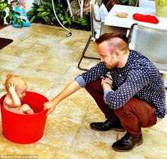 Actor Aaron Paul sports a bad-guy buzz cut but gazes lovingly at a friend's baby in this photo he posted to Instagram   Read more: http://www.dailymail.co.uk/tvshowbiz/article-2708039/Aaron-Paul-shows-freshly-buzzed-hairstyle-gazes-adoringly-friend-s-baby.html#ixzz38mTKZRUA  Follow us: @MailOnline on Twitter | DailyMail on Facebook