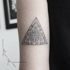 Mandala triangle for Maria from Argentina thank you! #rachainsworth…