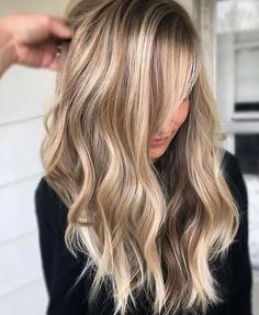 Hot hair color trends for long hairstyles 2018 ideas hot hair color trends for Balayage Hair Blonde Color Hair Hairstyles hot Ideas Long Trends Hair Color 2018, Hot Hair Colors, Hair Color And Cut, Brown Hair Colors, 2018 Color, Winter Hair Colors, Icy Blonde, Blonde Color, Winter Blonde Hair