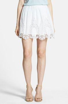 lace trim skirt / hinge