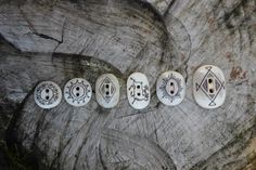 Buttons carved out of reindeer horn/bone