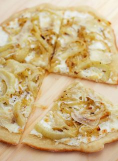 Carmelized fennel and onion pizza via Love and Olive Oil