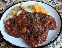 Rump Steak Recipes, Swiss Steak Recipes, Beef Rump, Brown Sauce, English Kitchens, Stewed Tomatoes, Cake Toppings, Kitchen Recipes, Entrees