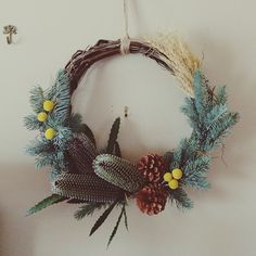 holiday wreath by @teapealala via www.pithandvigor.com