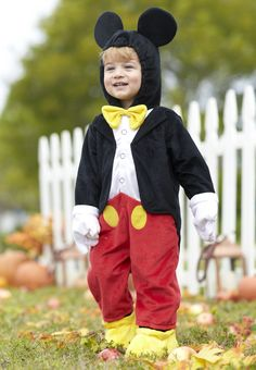 When it's time to trick-or-treat, he'll look as magnificent as Mickey in the Disney Boys' Mickey Mouse Halloween Costume! This plush one-piece suit is designed to look just like that merry mouse's iconic formal ensemble. The hood is even designed with 3-dimensional ears, and attached foot covers and gloves fit easily over little hands and feet.