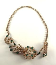 Vintage Green and clear rhinestone necklace, very unique design! NR #Unbranded #necklace