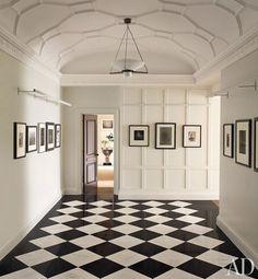 Shelton, Mindel & Associates apartment on Architectural Digest- detail in ceiling