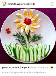 food art / kids food art / food decoration / eggs and cucumber Cute Food, Good Food, Party Food Platters, Fruit Platters, Creative Food Art, Creative Kids, Food Art For Kids, Art Kids, Healthy Snacks