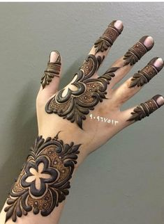Rose Mehndi Designs, Finger Henna Designs, Arabic Henna Designs, Mehndi Designs 2018, Modern Mehndi Designs, Wedding Mehndi Designs, Arabic Mehndi, Beautiful Henna Designs, Mehndi Designs For Hands