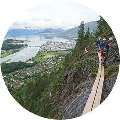 Dette er en Via Ferrata klatrerute rute som krever godkjent utstyr, men kan gjennomføres av alle med normal fysisk form. Utstyr for denne turen kan leies hos Tindesenteret i sentrum av Åndalsnes.... Activities