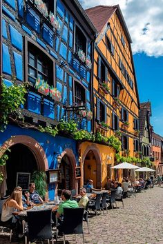 Search from 60 top Riquewihr pictures and royalty-free images from iStock. Find high-quality stock photos that you won't find anywhere else. Petite France, Santa Ana, Beaux Villages, Eurotrip, Travel List, Photo Illustration, Royalty Free Images, Continental, Family Travel