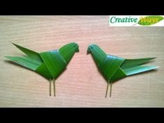 How to make a bird from coconut leaves Tropical Flower Arrangements, Creative Flower Arrangements, Ikebana Flower Arrangement, Art Floral, Deco Floral, Flax Flowers, Easter Flowers, Diy Crafts Hacks, Diy Arts And Crafts