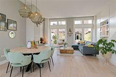 Cozy Living Rooms, Living Room Modern, Home Living Room, Living Room Designs, Living Room Decor, Apartment Interior, Apartment Design, Style At Home, Scandinavian Interior Design