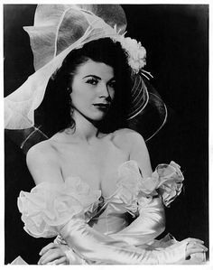 Bonnie Boyia    Began a long career in Burlesque, working as a chorus girl at the 'GAYETY Theatre' in Cinncinati.. Two years later, she would play the same venue as a Feature performer