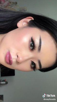 Diy Beauty Makeup, Fancy Makeup, Cool Makeup Looks, Edgy Makeup, Simple Makeup, Natural Makeup, Makeup Tips, Beauty Tips, Eyeliner For Hooded Eyelids