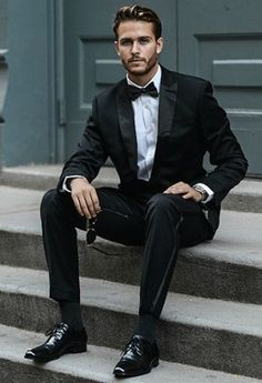 Cool 25 Best Formal Men's Clothing https://vintagetopia.co/2018/02/28/25-best-formal-mens-clothing/ White pants are certainly worth the upkeep.