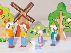 Wooden Farm Figures Set Family of 5 Farmer by WoodenCaterpillar
