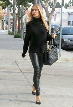 Kristin Cavallari: black turtleneck + black faux leather leggings + black heels