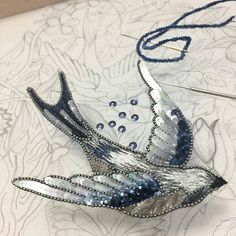 45 Ideas Bird Embroidery Beads For 2019 Tambour Beading, Tambour Embroidery, Bird Embroidery, Couture Embroidery, Bead Embroidery Jewelry, Hand Embroidery Stitches, Embroidery Fashion, Hand Embroidery Designs, Embroidery Techniques