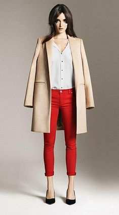 love those red pants even if they would never look that good on me
