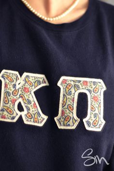 Why in the world didn't I think of this sooner?! ... DIY Sorority and Fraternity Letters