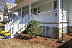 I want to add charm and character to my home. I found this tutorial on building flat sawn baluster railings. Looks super easy to do. Porch Over Garage, Front Porch Railings, Super Easy, Build Your Own, Building, Backyard, Outdoor Structures, Flats, Porches