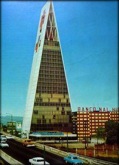 Torre Insignia, Città del Messico, Messico. Mario Pani
