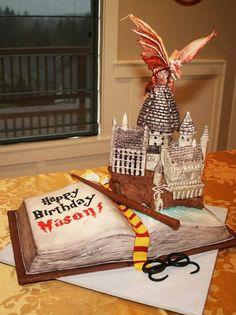 Inspiração Bolo  Harry Potter Dragão e Livro