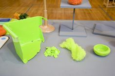 Polyfloss is a homemade recycled plastic product using technology inspired by cotton candy machines. Recycling Machines, Plastic Waste, Plastic Recycling, Eco Architecture, Clever Design, Green Building, Material Design, Sustainable Design, Cotton Candy
