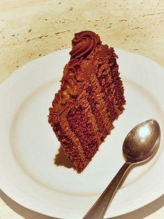 sectiune tort de ciocolata Something Sweet, Bun Bun, Style, Desserts