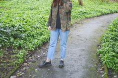 camo jacket- vintage/army shop in Stratford upon Avon // Top - Zara// Jeans - Charity Shop // Socks - Primark // Shoes - Dr. Ma...