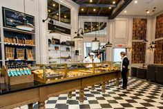 Good news for Downtown Crossing residents and professionals! The much anticipated French bakery, PAUL, opens today, May 11, on the ground floor of the landmark 41-story BNY Mellon Center at One...