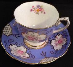 """Royal Albert """"Georgina""""Blue"""" Fine English Bone China Tea Cup & Saucer Set"""
