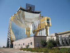 Uzbekistan, Parkent, Solntse solar complex