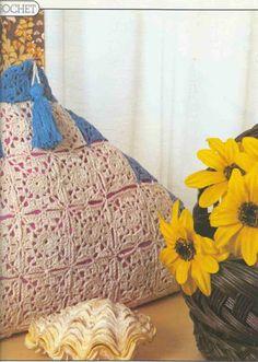 Magic Crochet Nº 30 - Edivana - Álbuns da web do Picasa...easy to make pillowcases!...Free written pattern!