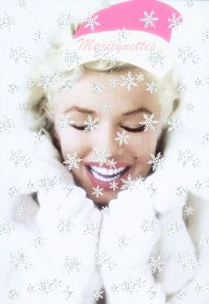 marilyn monroe christmas pictures | Dazzling Divas: Marilyn Monroe Christmas